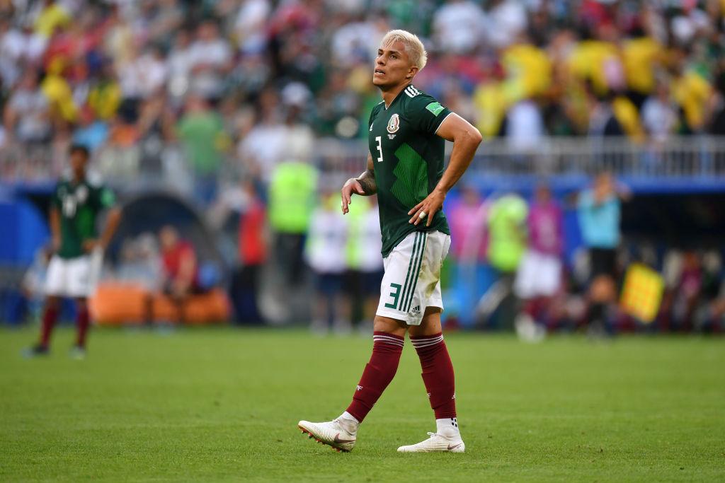 Carlos Salcedo pone en duda continuidad en Selección Mexicana