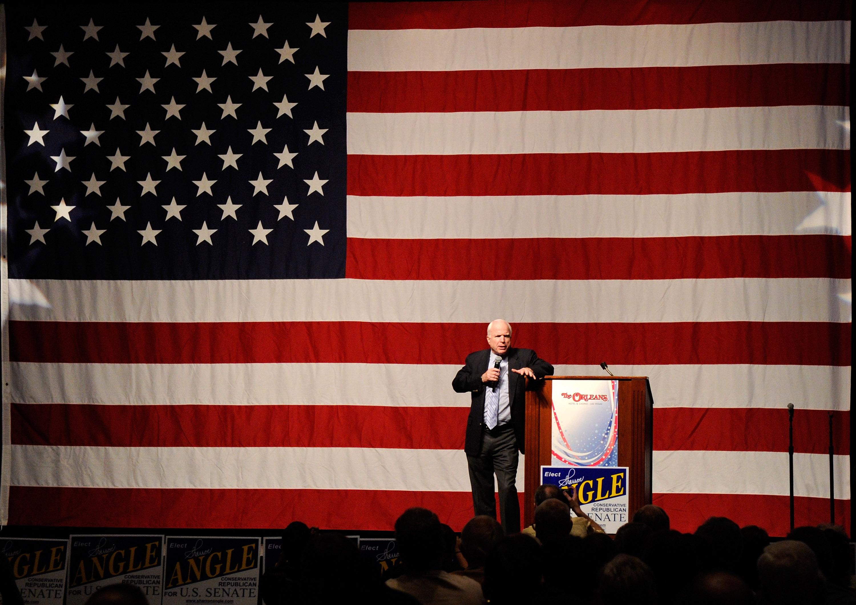 John McCain decidió dejar de recibir el tratamiento para el cáncer