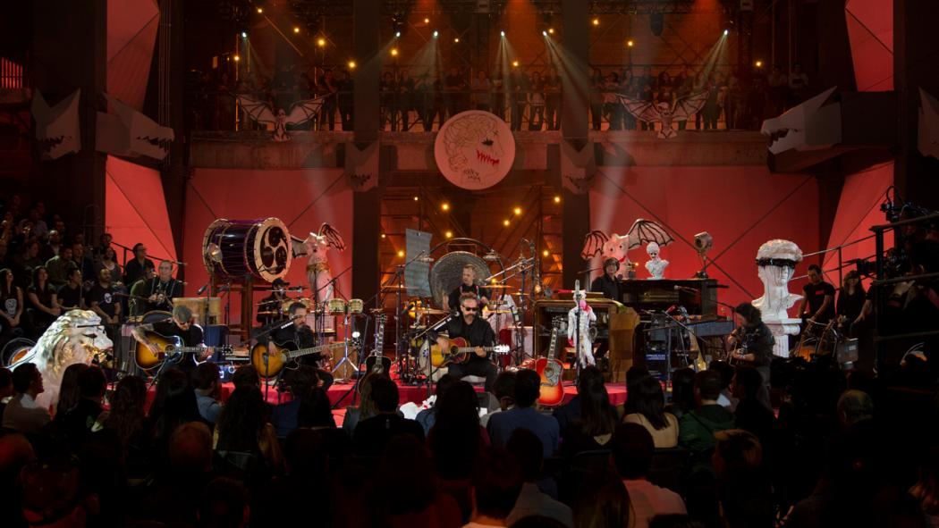 Here They Kum: ¡Ya puedes escuchar completo el MTV Unplugged de Molotov!