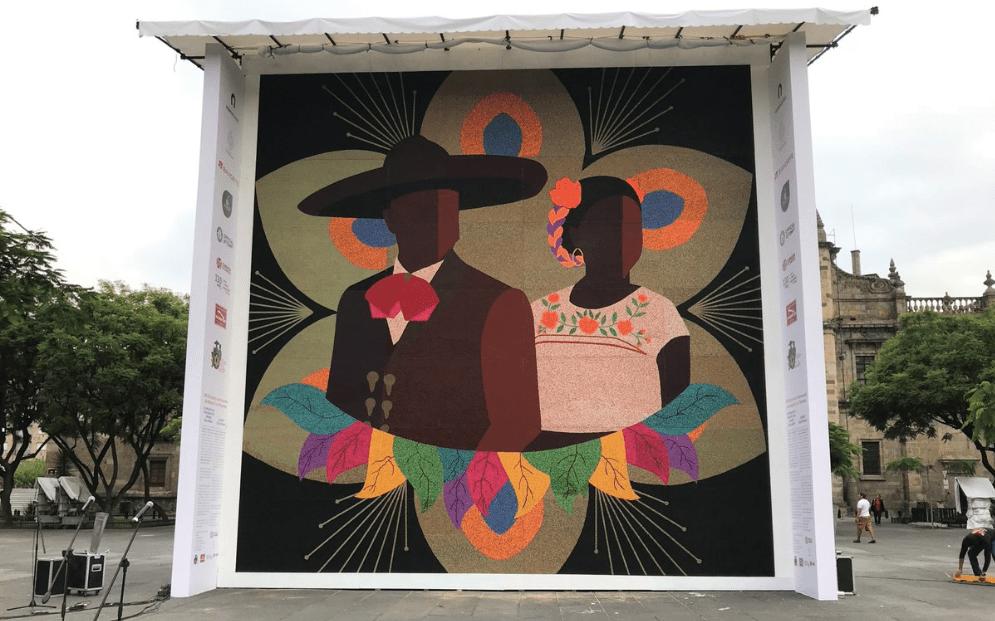 Record Guinness a indígenas wixárikas por mosaico más grande del mundo
