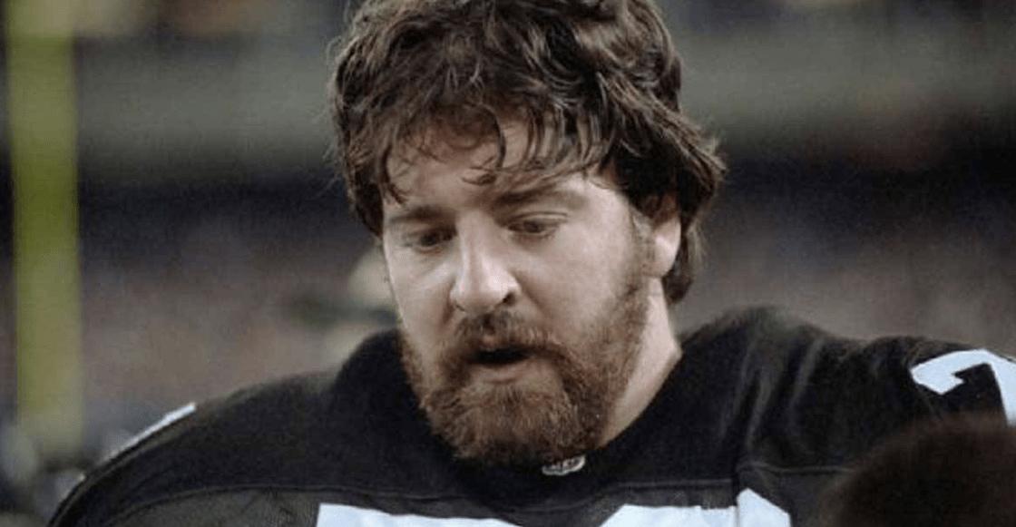 La historia del doctor que luchó contra los golpes degenerativos de la NFL