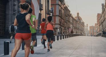 5 razones por las que deberías salir con un runner del Maratón de la CDMX