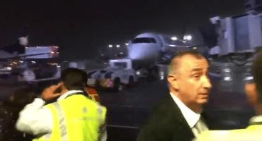 Se incendia avión comercial en el AICM cuando iba a despegar