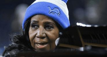 3 veces en las que Aretha Franklin retumbó el estadio con el Himno Nacional