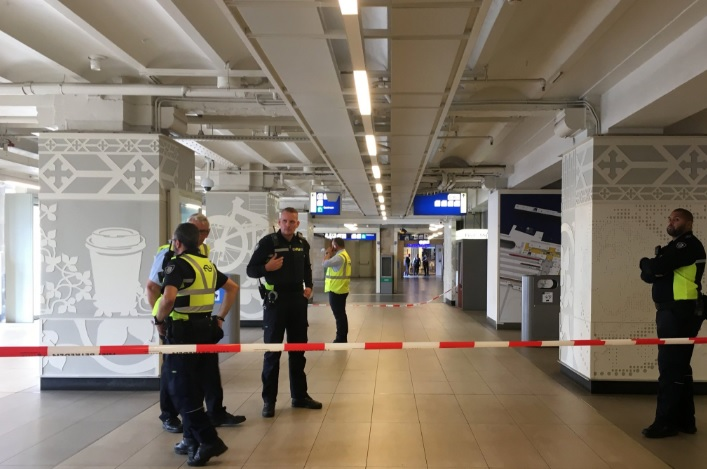 Ataque en estación de tren en Ámsterdam