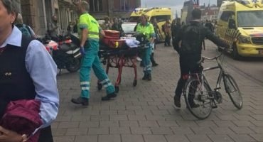 Ámsterdam: Sujeto ataca a varias personas con un cuchillo en estación de tren