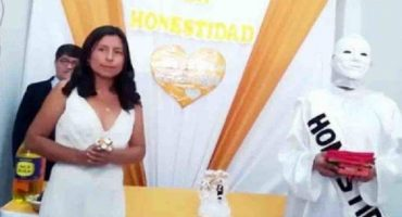 """Y en la nota idiota del día: candidata se casa… con la """"honestidad"""""""