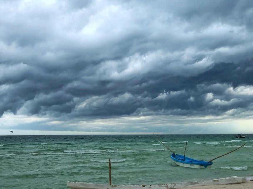 Fotos de lectores de Sopitas - Playa en día nublado