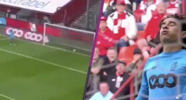 ¿Un clásico? Guillermo Ochoa falla y regala un gol absurdo en victoria del Standard