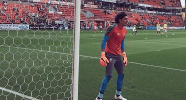 Guillermo Ochoa y Standard Lieja empatan sin goles ante el Brugge