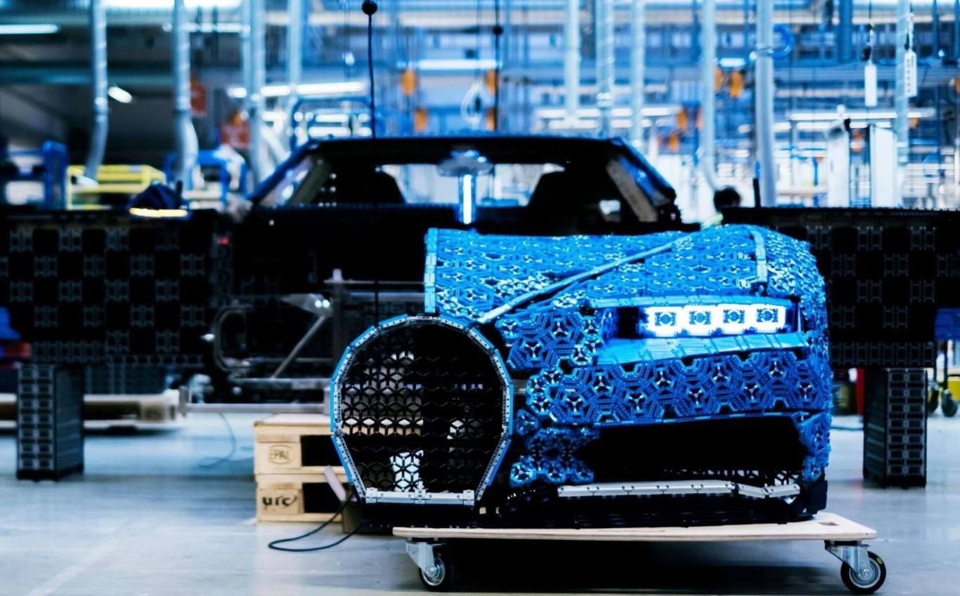 ¡Lego lanza una réplica exacta de un Bugatti Chiron que sí funciona!