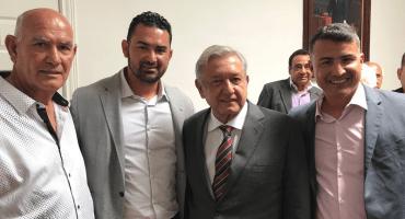López Obrador se reúne con el Titán González y Fernando Remes