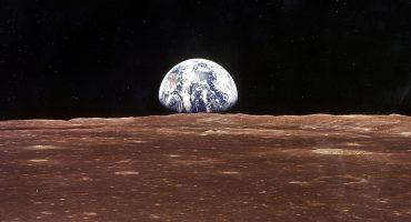 Investigadores descubrieron hielo en los polos de la Luna: ¡¿qué significa eso?!