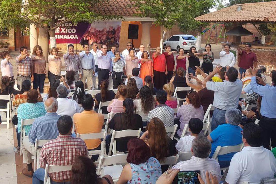 'Maestros por México' piden el regreso de Gordillo a la dirigencia del SNTE