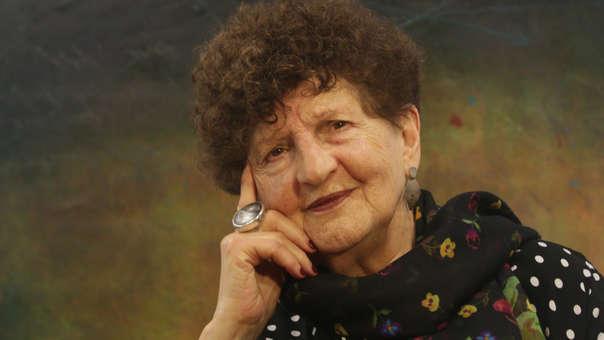 La escritora Margo Glantz