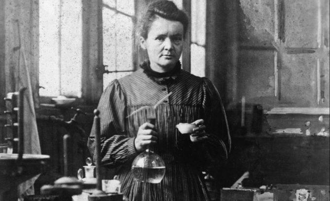 Marie Curie era zurda