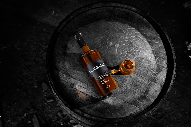 Metallica lanza su propio whiskey