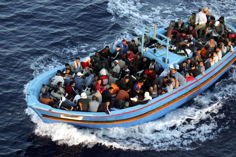 Turistas se burlan de inmigrantes