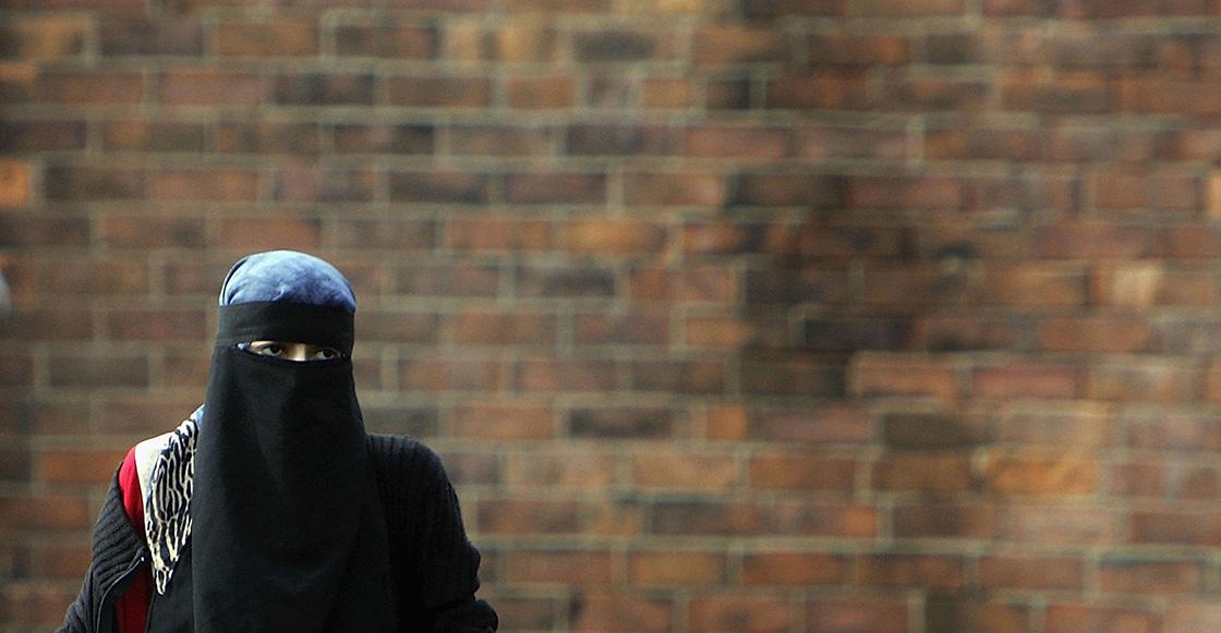 En medio de protestas, entra en vigor la prohibición de burqas y niqabs en Dinamarca