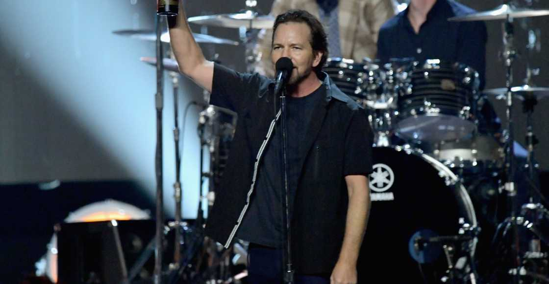 Pearl Jam hace un emotivo homenaje a Chris Cornell y Tom Petty