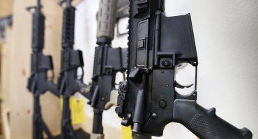 Roban casi 50 armas a la policía de Paraguay y se las cambian por juguetes