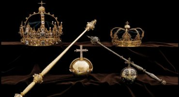 Suecia: sujetos roban joyas de la Corona y logran huir en una lancha