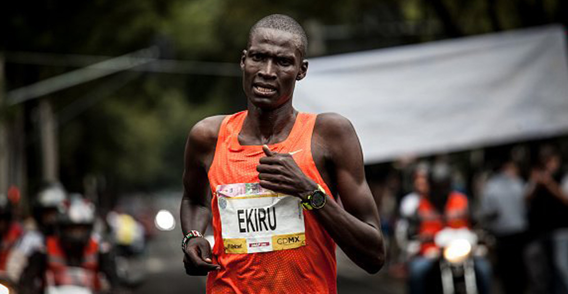 ¡Titus Ekiru impone nuevo récord en el Maratón de la CDMX!