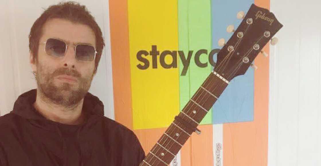 Video: Captan a Liam Gallagher siendo agresivo con su novia en Londres
