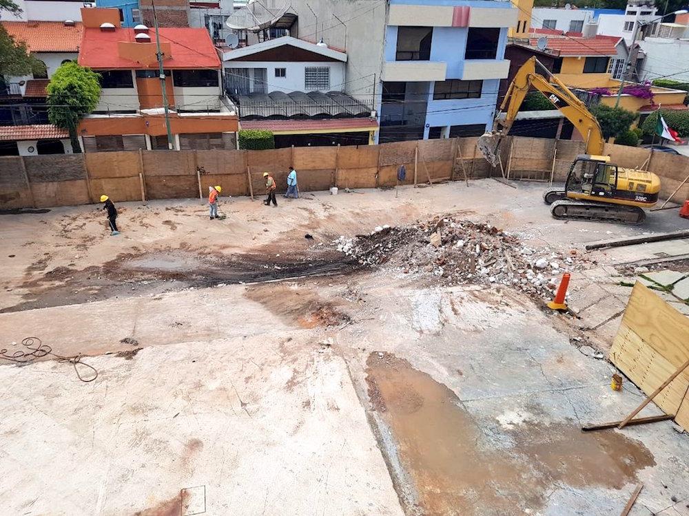 Demolición-Colegio-Rébsamen