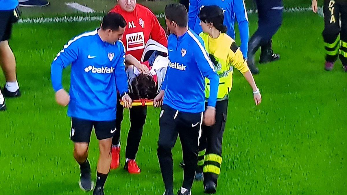 Sevilla: 13 heridos en una avalancha después del gol de Éver Banega