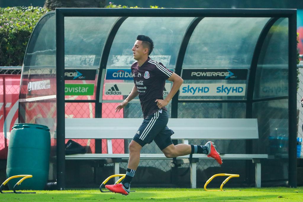 ¿Roberto Alvarado tiene posibilidades de ir al Manchester United?