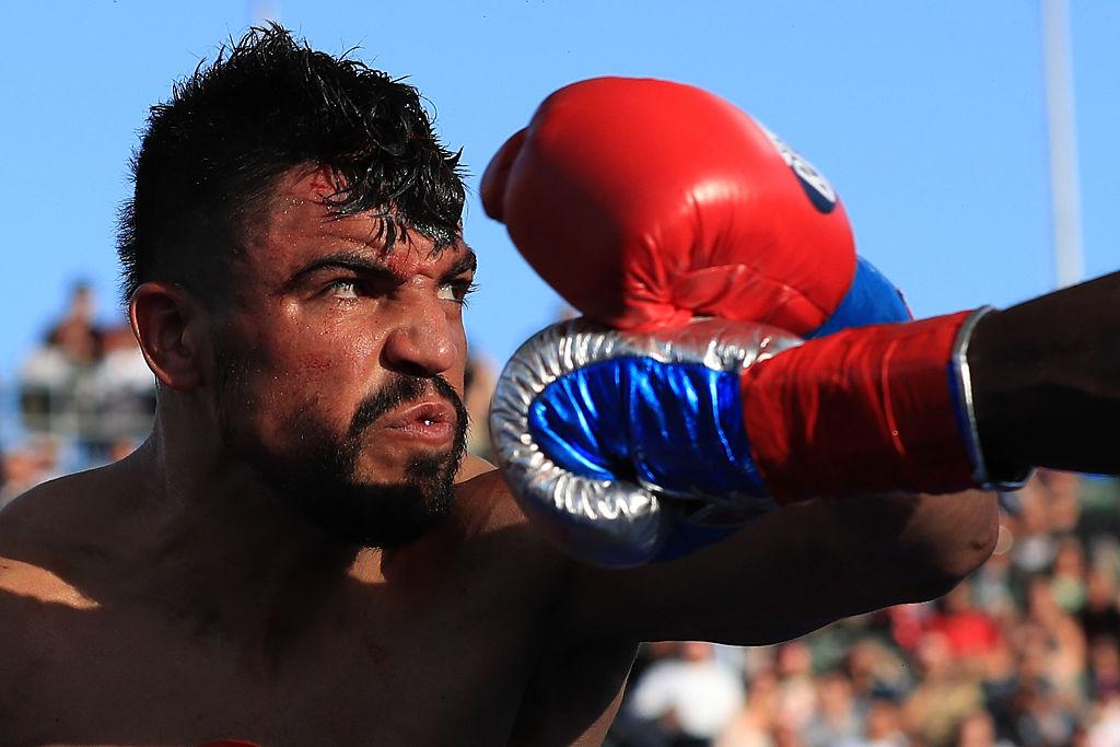 ¡Justicia! Detienen al boxeador Víctor Ortíz por violar a una mujer