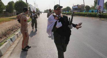 Atentado en un desfile militar en Irán deja un saldo de 24 muertos