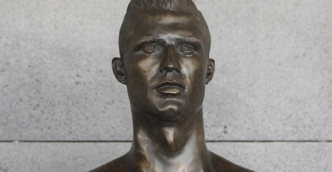 La estatua de Falcao que está más fea que la de Cristiano Ronaldo
