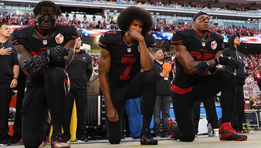 Acciones de Nike bajan por campaña con Kaepernick