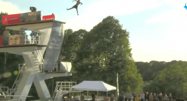 Death Diving: El nuevo y extraño deporte favorito de Noruega