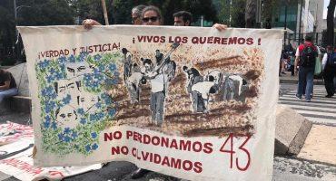 AMLO citó a los padres de los 43 de Ayotzinapa en Palacio Nacional el próximo lunes