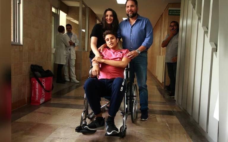 Emilio Aguilar, alumno agredido por porros