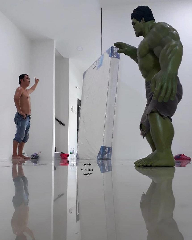Fotos con figuras de Superhéroes - Hulk