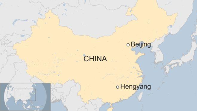 #Video Conductor atropella a multitud en plaza de China