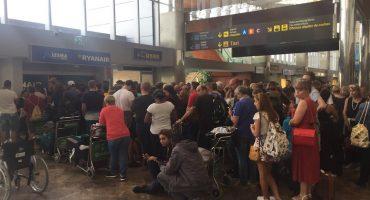 Huelga de pilotos en Europa detiene a 35 mil pasajeros
