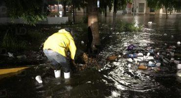 Lluvias provocan serias inundaciones en Los Mochis, anuncian suspensión de clases