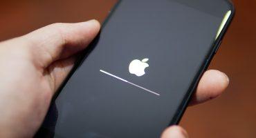 ¡Los tranzaron! Un hacker compró 500 iPhone a 60 centavos cada uno