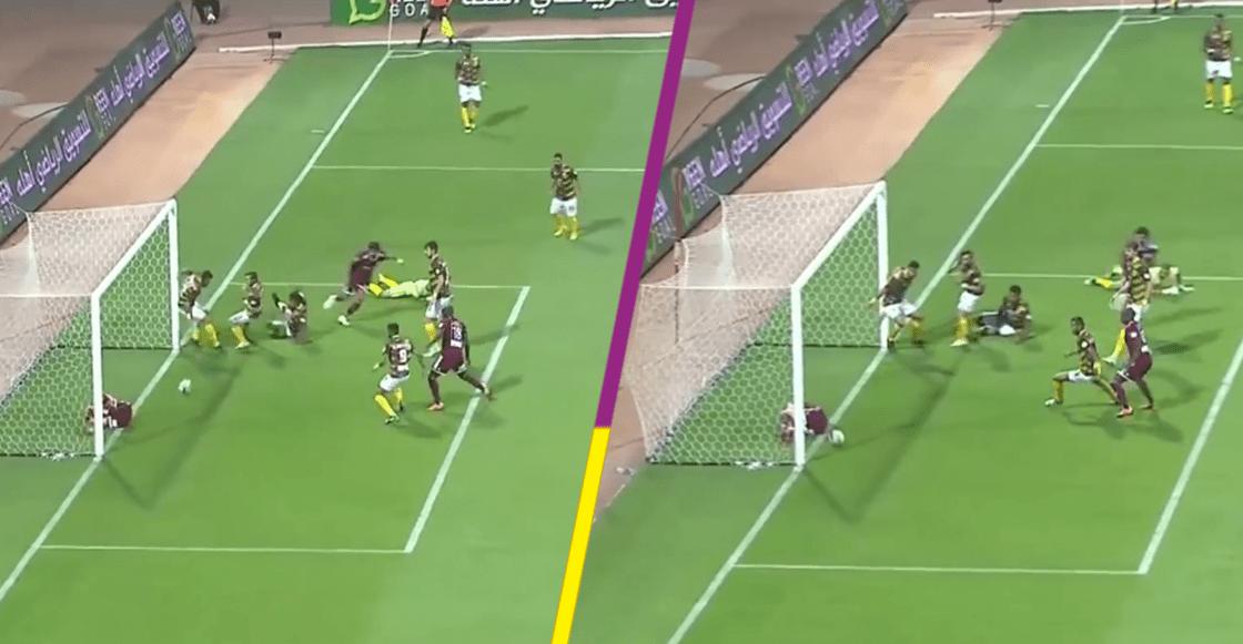 Epic Fail! Un jugador lesionado impidió el gol de su propio equipo en Arabia