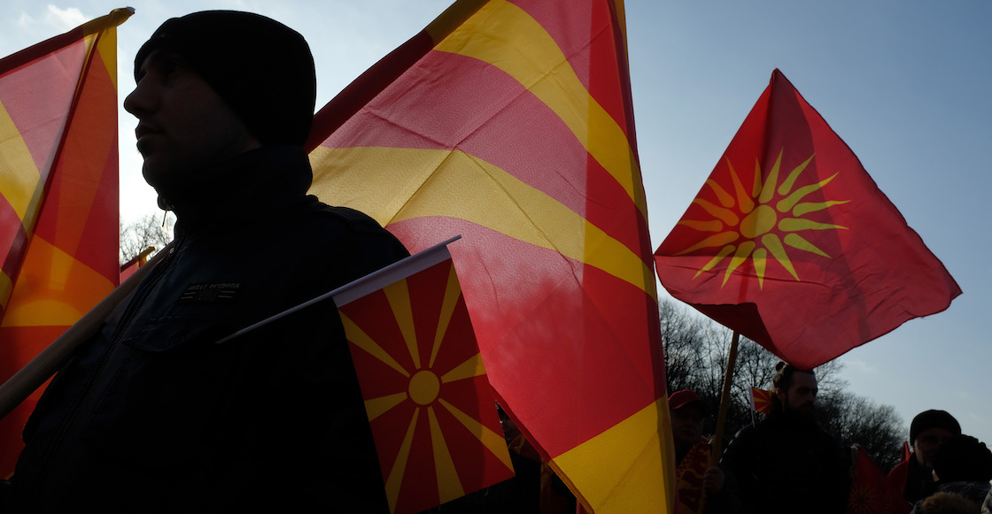 ¡Sopas! Macedonia acepta cambiar oficialmente de nombre