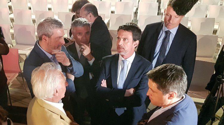 ExPrimer Ministro francés podría ser el nuevo alcalde de Barcelona