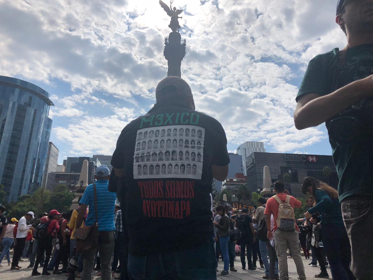 marcha-ayotzinapa-02