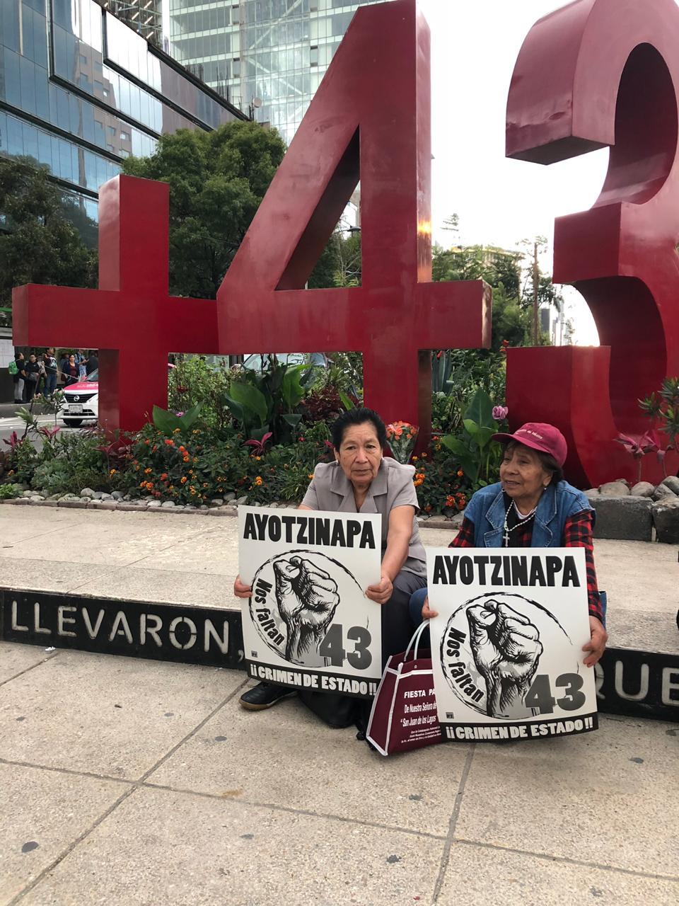 marcha-ayotzinapa-06