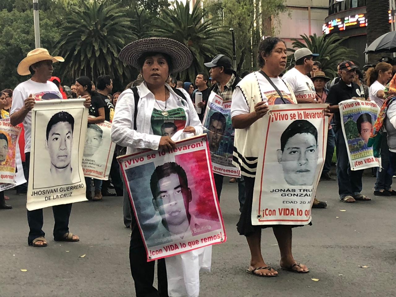 marcha-ayotzinapa-08
