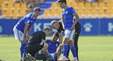 ¡Bad luck Alanís! Oswaldo debutó con el Real Oviedo y se lesionó en minutos